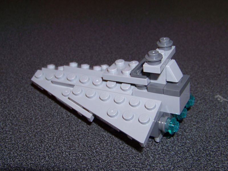 Montage du petit vaisseau du set 10221 at collection lego for Interieur vaisseau star wars